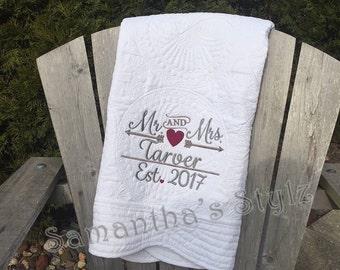 Monogrammed Wedding Quilt, White Quilt, Custom Baby Quilt, Embroirdered Quilt, Personalized Quilt, Keepsake Blanket, Cotton Baby Blanket