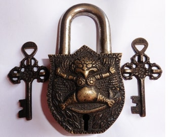 ANTIQUE Vintage Solid Bronze Heavy Chunky Ornate Padlock Lock