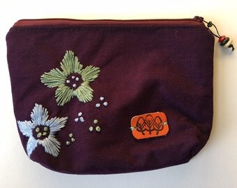 Purple Make up Bag, Cosmetic Bag, Make up Pouch, Purple Cosmetic Bag, Gift for her, flower design
