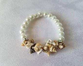 Seashells & Pearls Bracelet - Beach Bride - Wedding Jewelry - Beach Jewelry