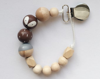 Hand-painted dummy with geometric wooden beads - Brown, chestnut