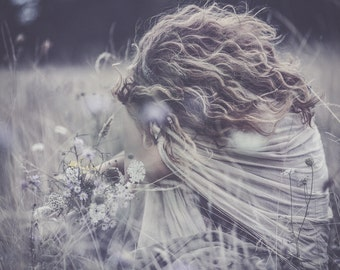 Art print - The girl with the wild flowers