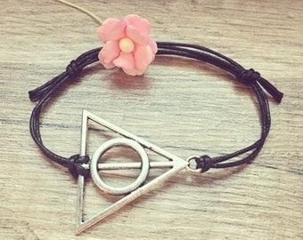 Triangle bracelet bracelet in black silver, stainless steel, triangle, blogger, vintage, statement,