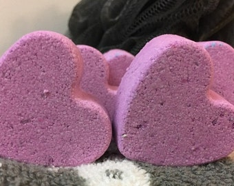 Lavender Scent Purple 6 Mini Heart Shaped Bath Bombs With Shea Butter, Coconut Oil, and Essential Oil - Makes great GIFTS!