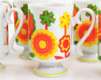Retro Footed Flower Mugs Set of 6 - 1960s Vintage - bright & colorful - in Good condition