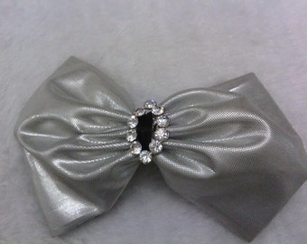 Going out of business sale vintage bow tie brooch.