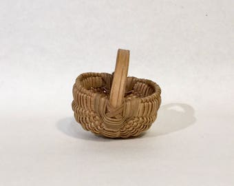 Miniature Egg Basket, Tennessee, Ca: 1970s.
