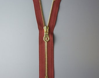 17.5cm Brass Zipper with Burgundy Tape, UK Stock