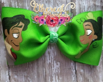 Tiana and prince Naveen from the Princess and the Frog, hand painted cheer bow, Painted hair bow cosplay dress up girls accessory
