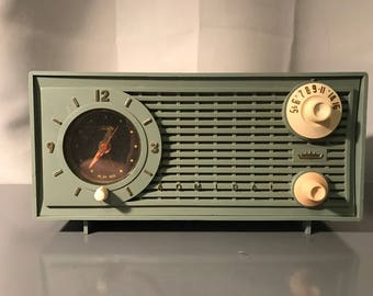 "1959 Admiral ""Ranger"" AM Tube Radio with Telethon Clock"