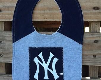 Yankees baby bib made from upcycled T-shirt.
