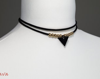 Choker collar marble pendant-gold rings