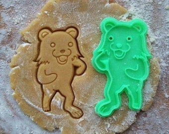 Bear cookie cutter. Internet meme cookie stamp. Bear cookies