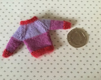 Miniature dollshouse 1/12th toddler doll knitted jumper