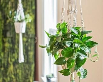 X-large macrame plant hanger