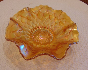 Fenton Marigold Scalloped Edged Dish (free shipping)