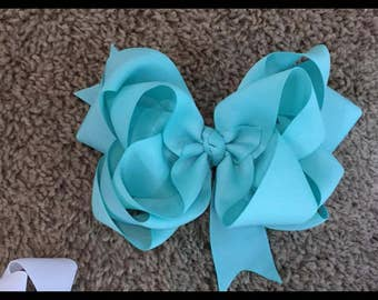 Triple stack bows
