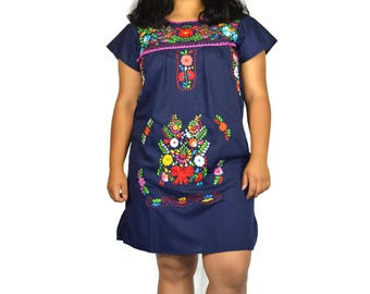 Hand Embroidery mexican Dress, Boho chic minidress, Folk Fabric flowers, Mexican tunic traditional embroidery, mini dress, vintage dress