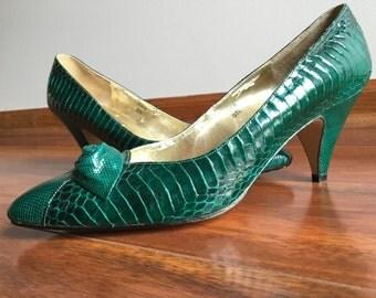 J RENEE 8 emerald heels