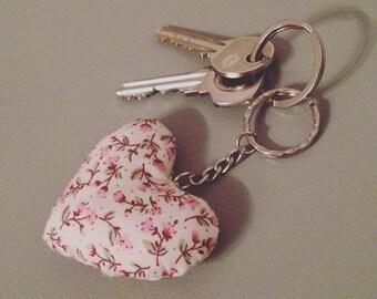 Cream & pink floral plump heart keyring