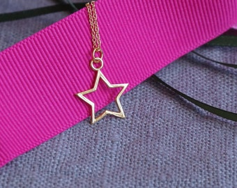 Star Necklace. Star pendant. Gold star. Gold vermeil. Gold plated sterling silver. Birthday, Valentine's present. Star jewellery. Star.