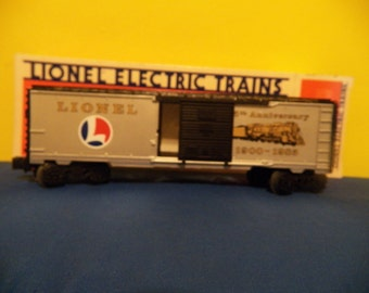 Lionel 0-027 85th Anniversary car 1900-1985 (6-9484)