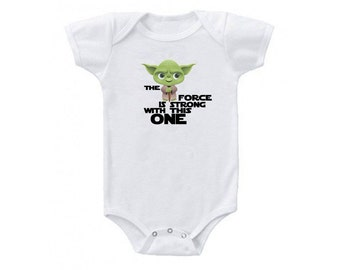 """Baby """"The force is strong with this one"""" Babysuit, Star Wars Onesie, Star Wars Baby, Star Wars Baby Clothing"""