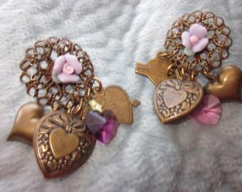 Lovely Vintage Look Heart Earrings