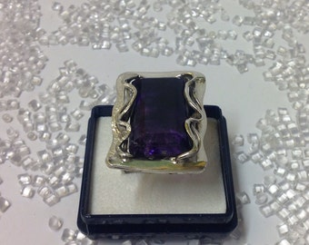Amethyst and silver ring, handmade.