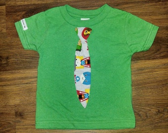 Super Hero tie green T shirt