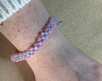 Bubble gum pink and blue bracelet, Glass square weave bracelet, Colourful beaded bracelet, Glass bead bracelet, Pink bracelet, Blue bracelet