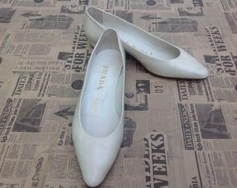 vintage 90s Vintage Prada Prada Prada//Flat/Flat/Vintage Shoes//original Prada Shoes//90s vintage Shoes