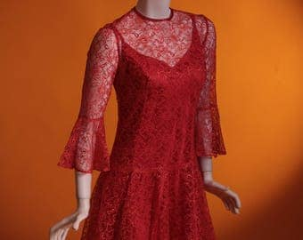 Vintage 1960's Lace Red Mini Dress with Flute Sleeves & a Drop Waist. UK Size 10 / US Size 6.