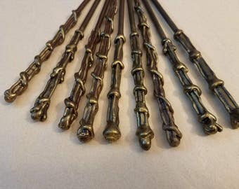 Magic Wands Party Favors- Party Packs / Party Favors / Party Decorations / Magic Wand / Gifts / Brown and Gold Wand