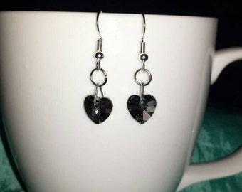 Heart Stud Earrings made of crystal glass - black