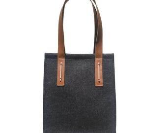 NEW - Felt Tote Bag with leather straps /Felt Handbag / Woman Purse/ Merino Felt Bag/ Shoulder Bag/Womans Handbag