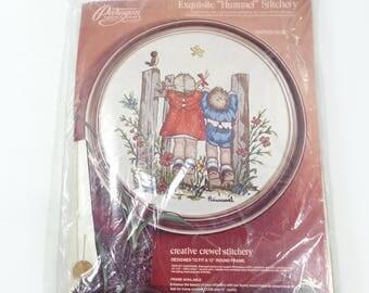 "Vintage needle craft embroidery ""Hummel"" stitchery kit, vintage birdwatching needle work design, 1970's yarn art, vintage embroidery art"