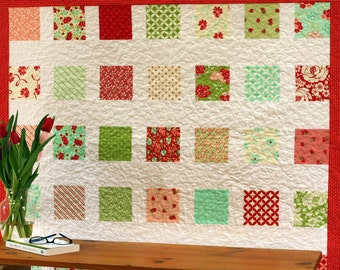 On Sale! Home made quilt, patchwork quilt, red, green, wall quilt, lap quilt, throw quilt