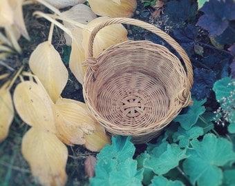 Oak Basket With Big Handle