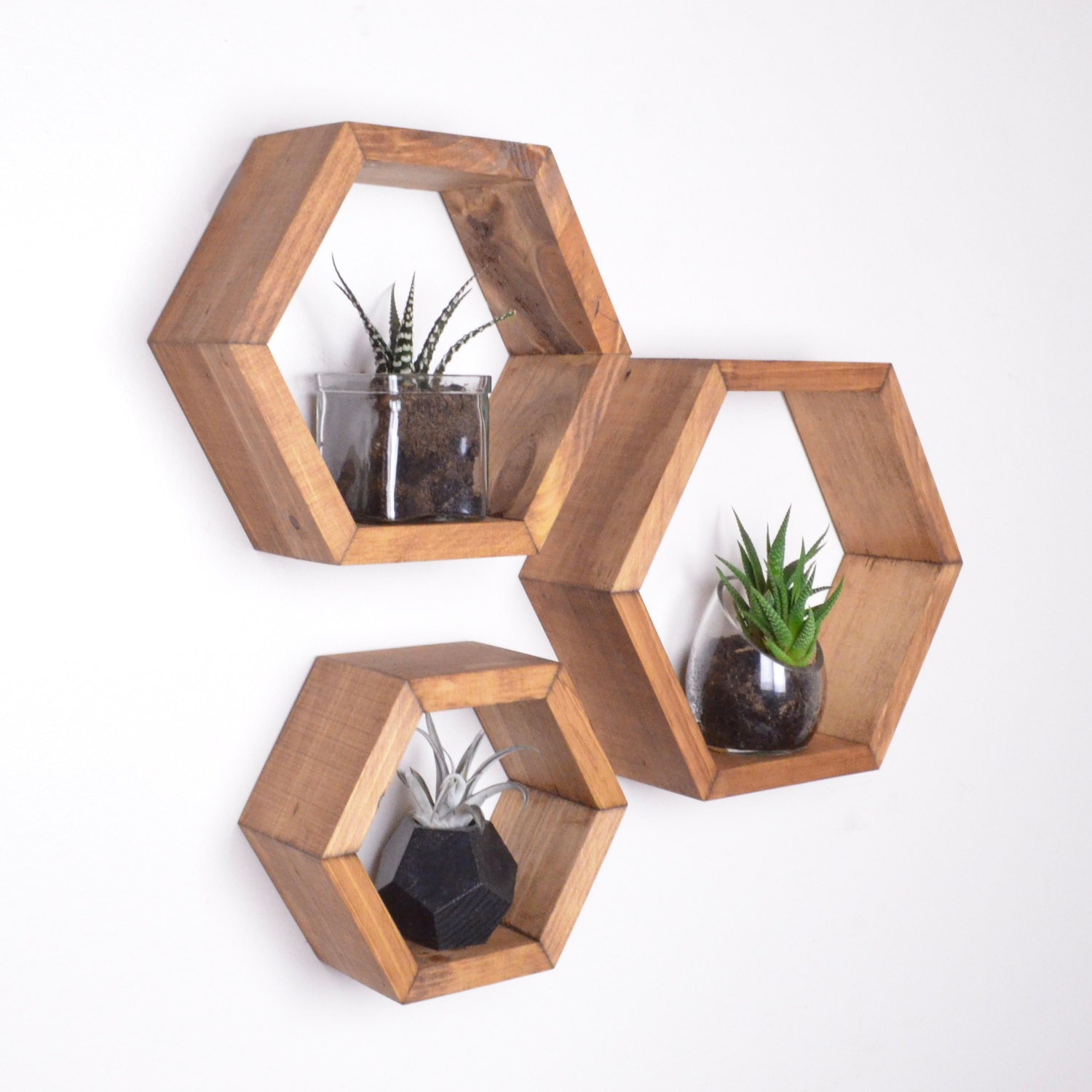 3 hexagon shelves honeycomb shelves geodesic shelves for Decoration murale hexagonale