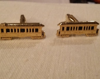 Trolley cufflinks, nice detail!