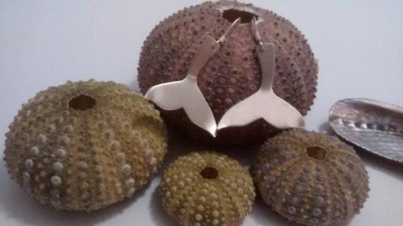 10% XMAS SALE Whale tail earrings
