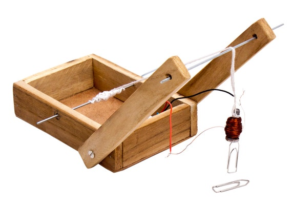Electromagnetic crane do it yourself diy kit for science like this item solutioingenieria Image collections