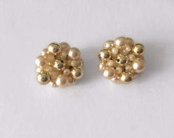 Vintage 1970's Cluster Pearls Gold Beads Clip On Earrings