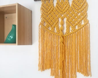 Tapestry Macrame Keelan