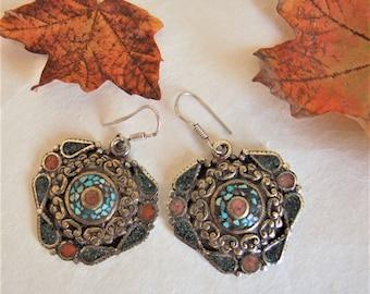 Tibetan earrings. Tibetan jewelry. Ethnic jewelry. Tibetan earrings. Ethnic earrings. Ethnic jewelry. Tibetan jewelry.