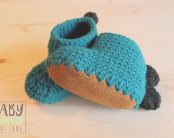 Dino slipper, leather sole booties, leather crib shoes, toddler booties, dinosaur slippers toddler, non slip booties, first steps non slip