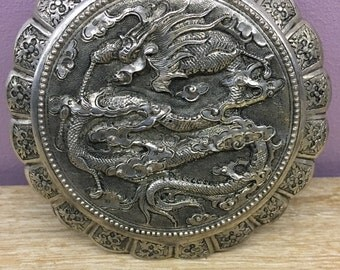 Compact old dragon decor