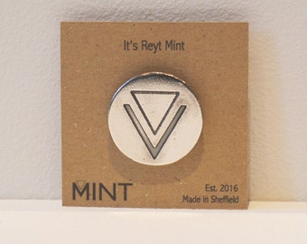 Its Reyt Mint Pin Brooch