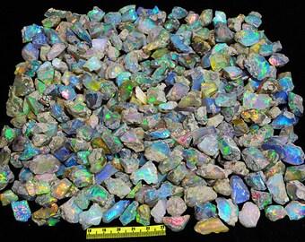 2.5 carats lot uncut opal stones